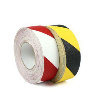 Protiskluzová úchopová páska označující nebezpečí